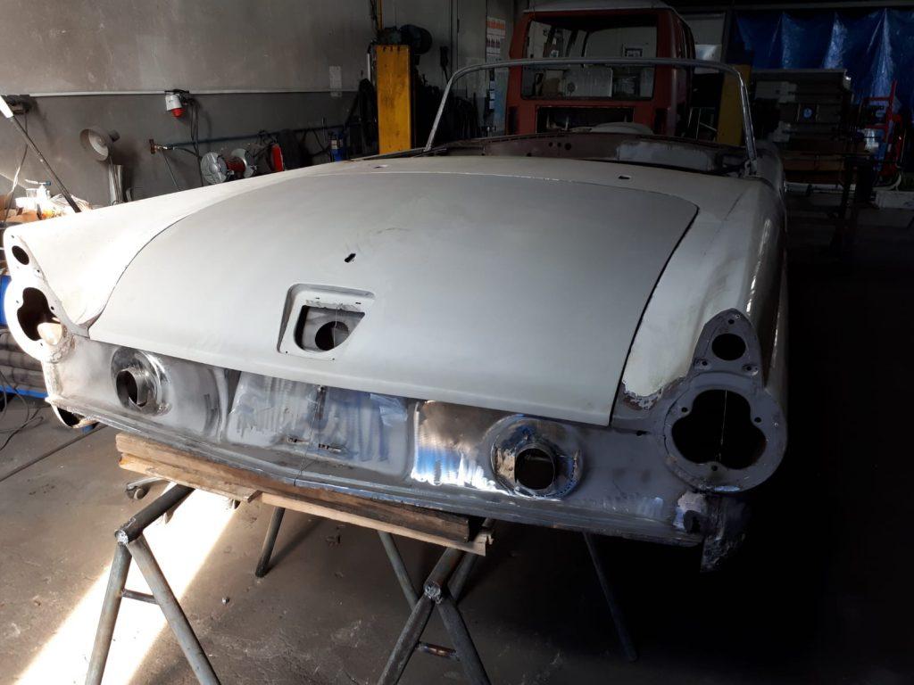 oldtimer-youngtimer-restauration-osteuropa-tschechei-Ford-Thunderbird